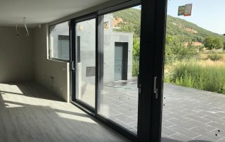 Puertas elevables sistema E170